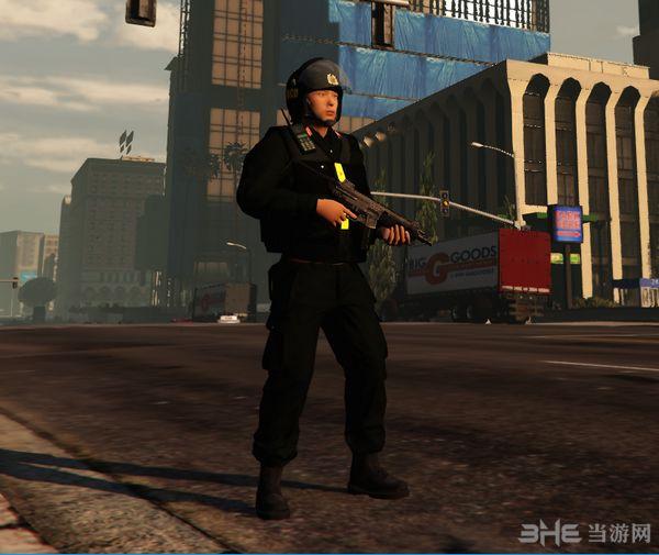 侠盗猎车手5越南警察MOD截图2