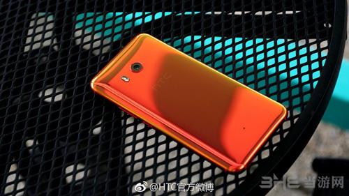 HTC U11火炽红图片2