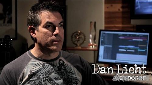 Daniel Licht1