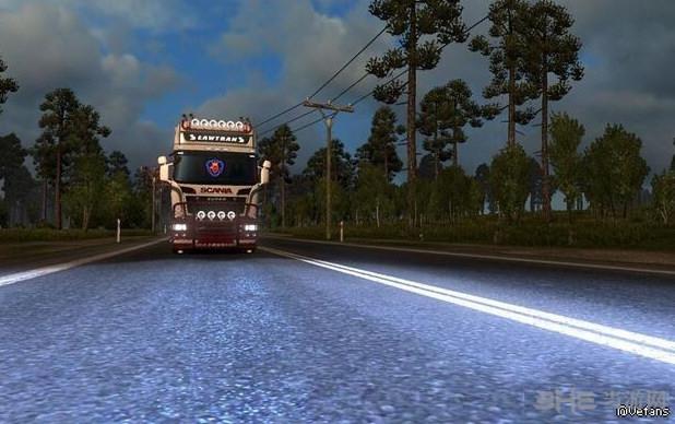欧洲卡车模拟2 v1.28halogen的氙气大灯MOD截图0
