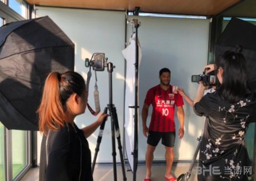 FIFA19拍摄中超球员2