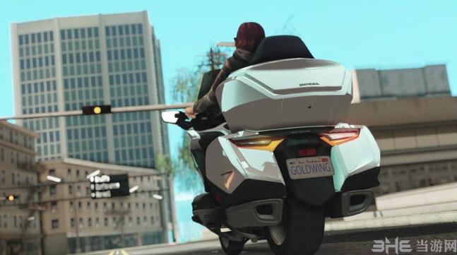 侠盗猎车手:圣安地列斯2018年本田金翼DCT摩托车MOD截图2