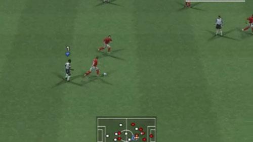实况足球8游戏截图4