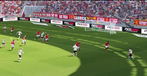实况足球2015游戏截图1